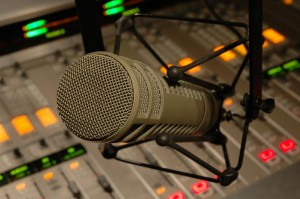 radio-mic (1) (2)